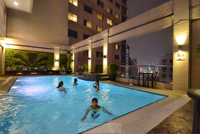 city garden hotel makati swimming pool