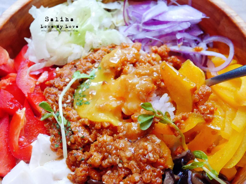 台北2J CAFE好吃餐點推薦韓式拌飯烤餅 (10)