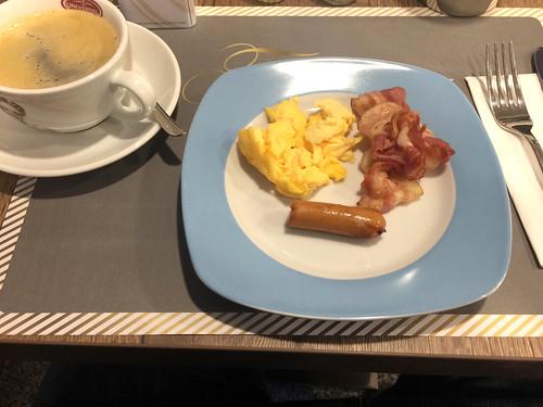 07 - Hotel Tommasi -  Frühstück 1