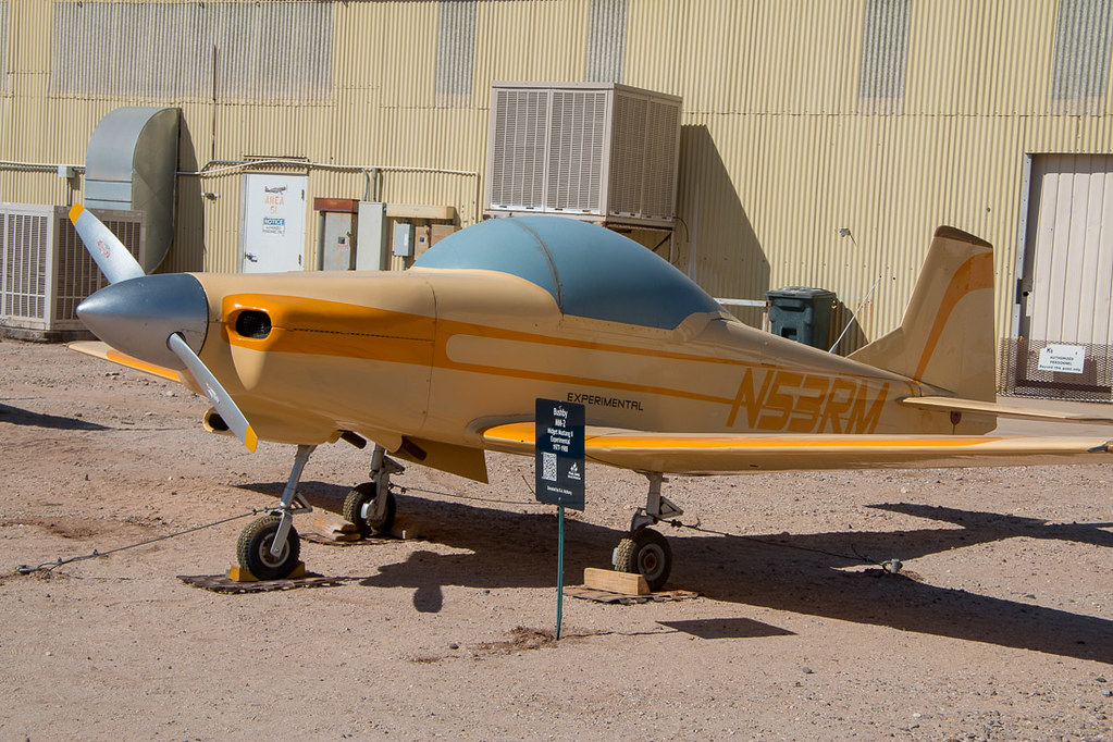Small planes on display at Pima Museum