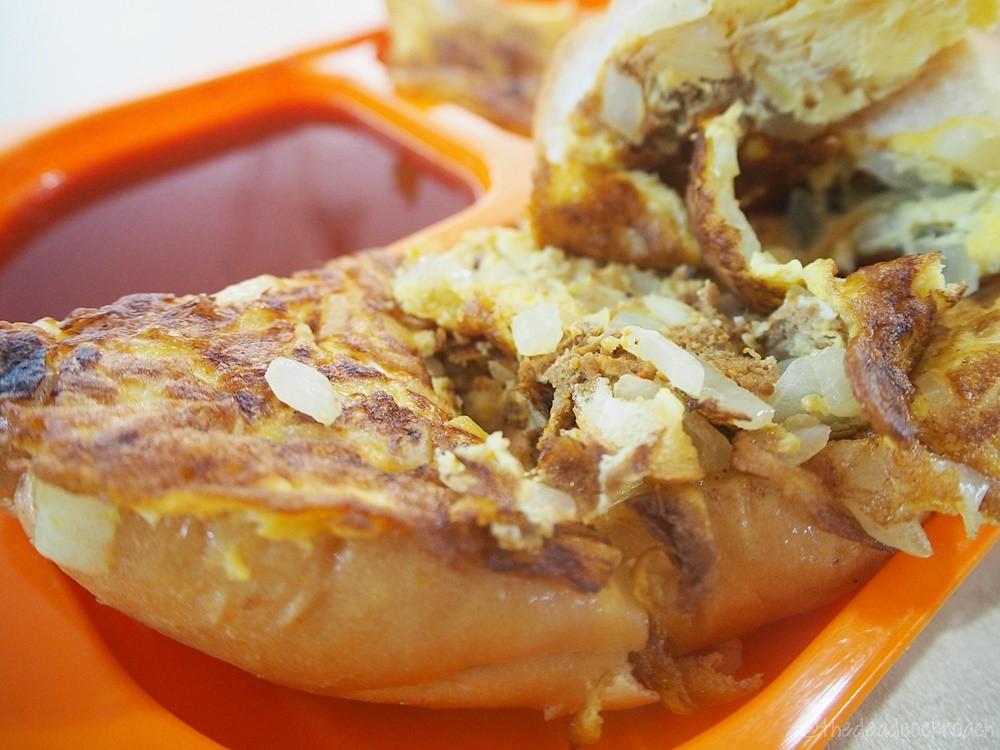 ball kentang, begedil, food, food review, haig road market & food centre, halal, halal food, malay, malay food, muslim food, review, rosy & nora, roti john, singapore,