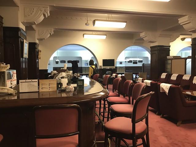 酒場・喫茶室