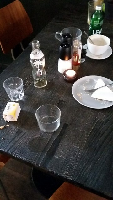 Verlassene Tische Serie: Rain Hamburg 9/2018 2