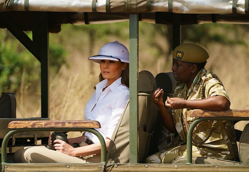 Melania Trump wears white pith helmet in Africa, Twitter slams the 'colonizer' look