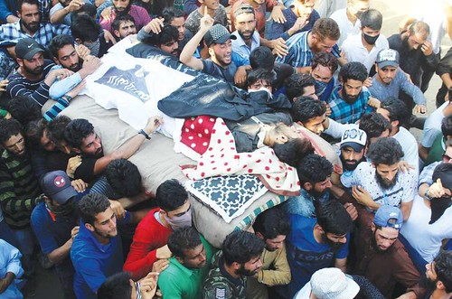 Unidentified Gunmen Kill 45-Year Old Labourer in Sopore
