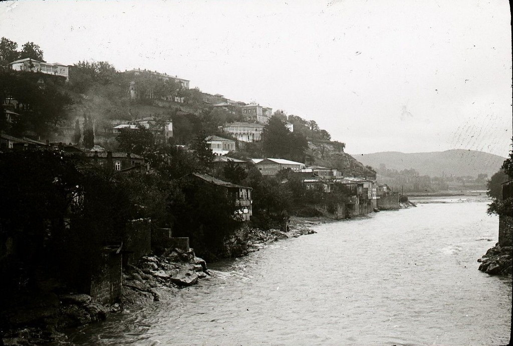 Кутаис и река Риони