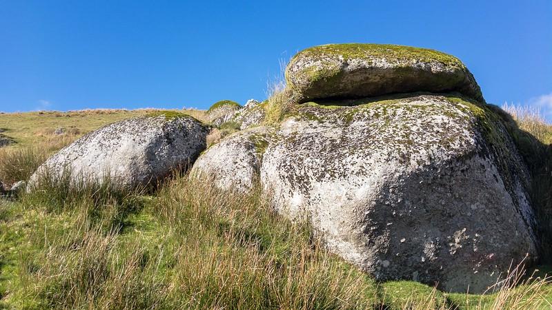 Cowsic Rocks