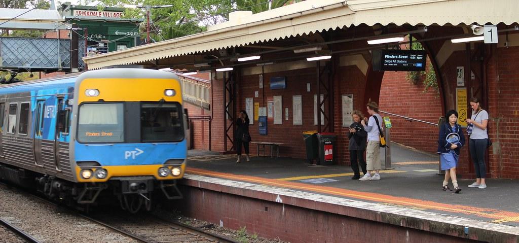 Armadale station, platform 1