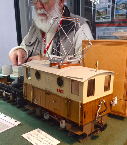 Scratchbuilt electric loco Sid