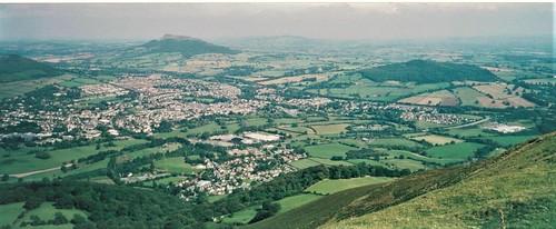 Abergavenny (Dickie-Dai-Do)