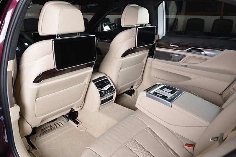 BMW-7 (7)