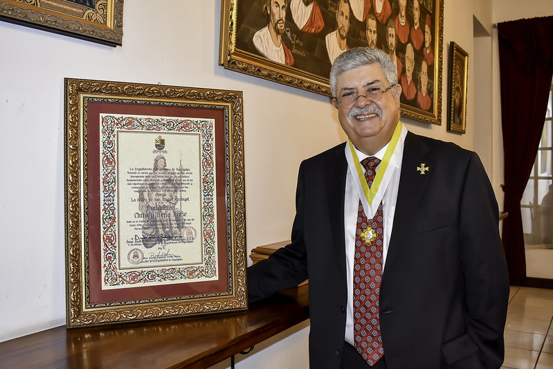 Galardón de la Orden de San Miguel de Arcángel