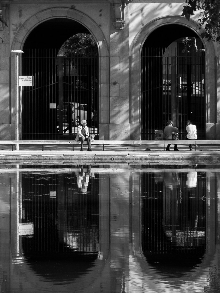 Reflets de Barcelone... 31731208608_52fbb98486_b