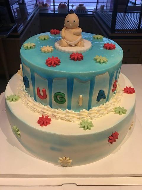 Cake by La-Luscious Bakery
