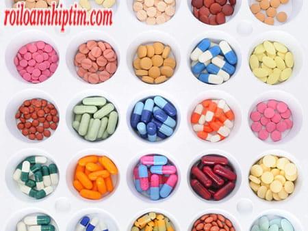 Dùng thuốc để điều trị nguyên nhân gây block tim