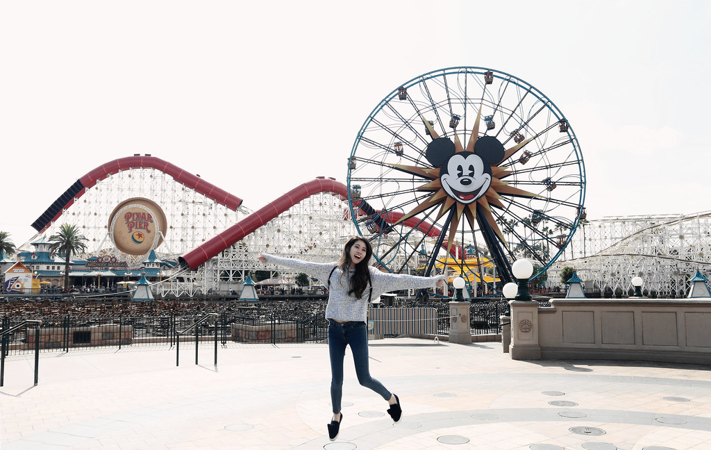 6538-ootd-fashion-style-outfitoftheday-wiwt-streetstyle-hollister-f21xme-asianfashion-forever21-disneyland-disneycaadventure-koreanfashion-lookbook-itselizabethtran
