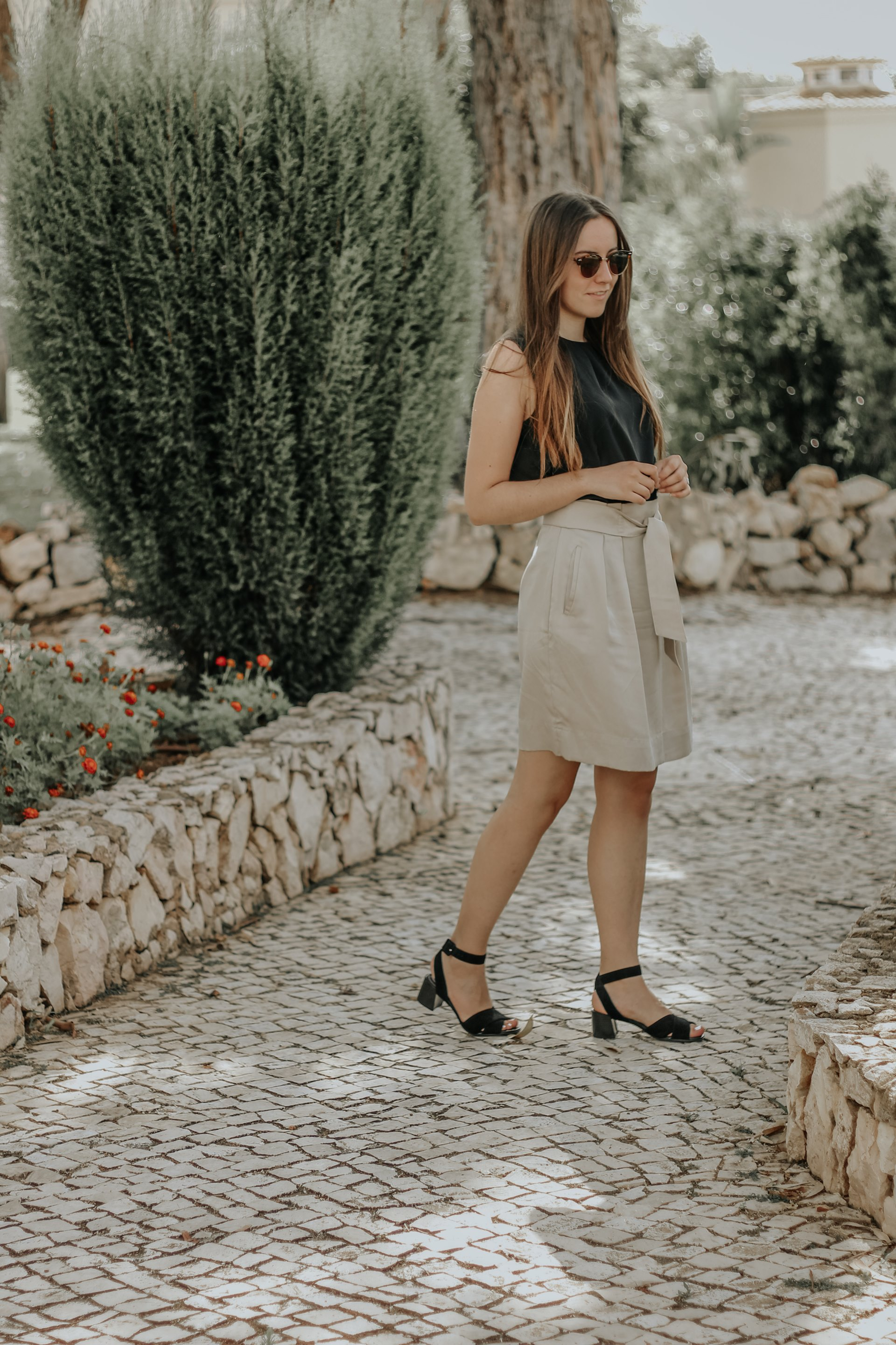 outfit_hm_skirt_sandals_rockport