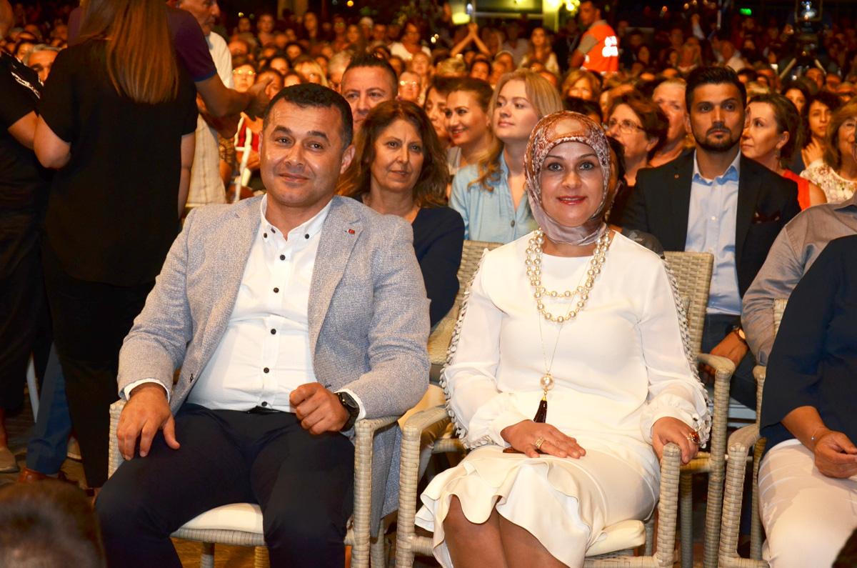 Adem-Murat-Yücel,-Yıldız-Yücel