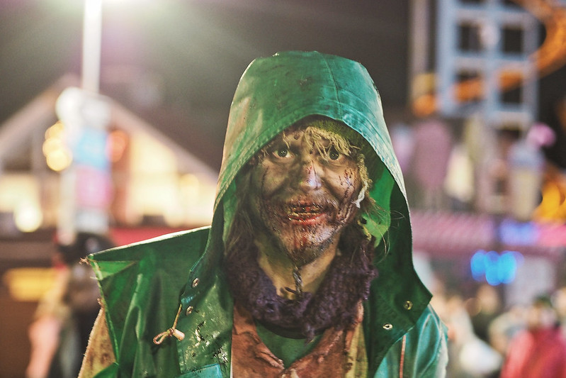 karmiva karnevaali zombit