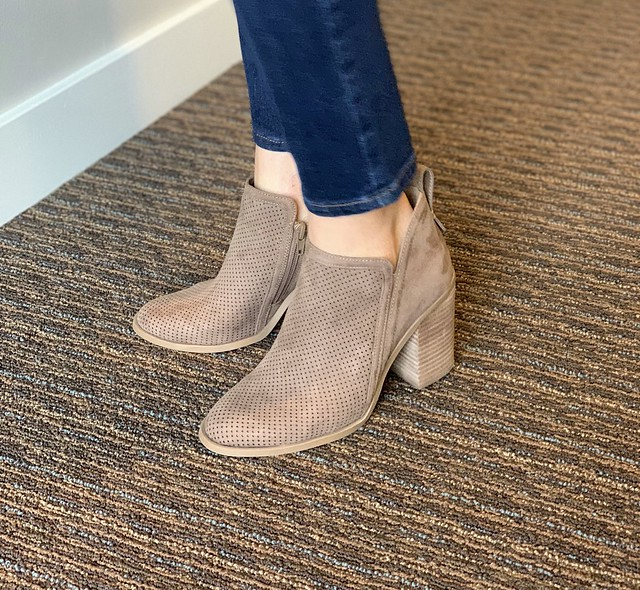 Madden Girl Eviita Booties in taupe (true to size)