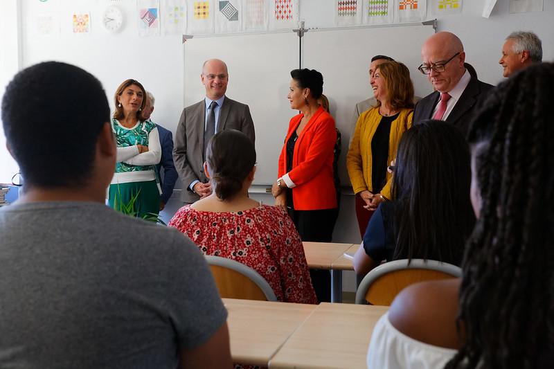 Déplacement dans une école et un collège de Marseille
