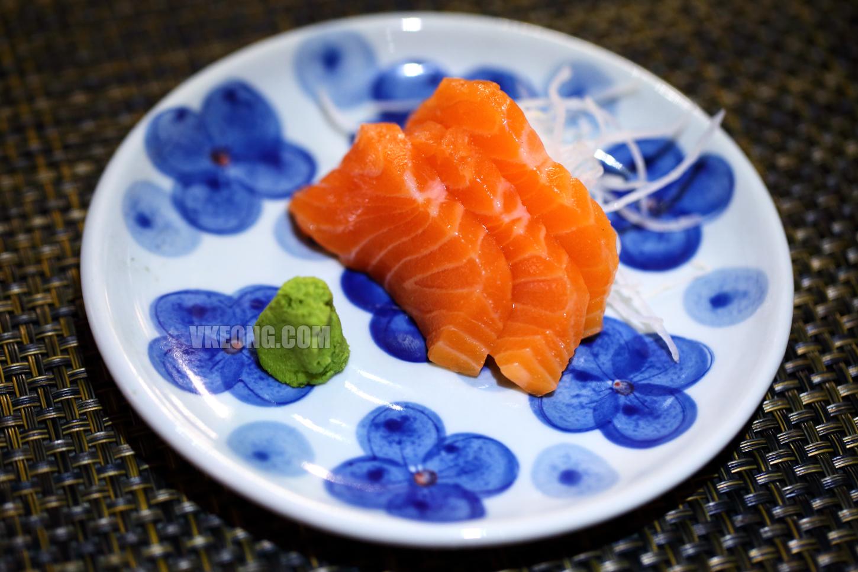 Kurata-Shabu-Shabu-Buffet-Salmon-Sashimi