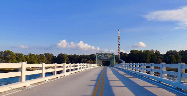 Bridge crossing Milford Haven, Fujifilm FinePix S4250WM