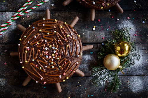 Holiday chocolate cake | by wuestenigel