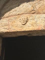 Whose face? - Photo of L'Albère