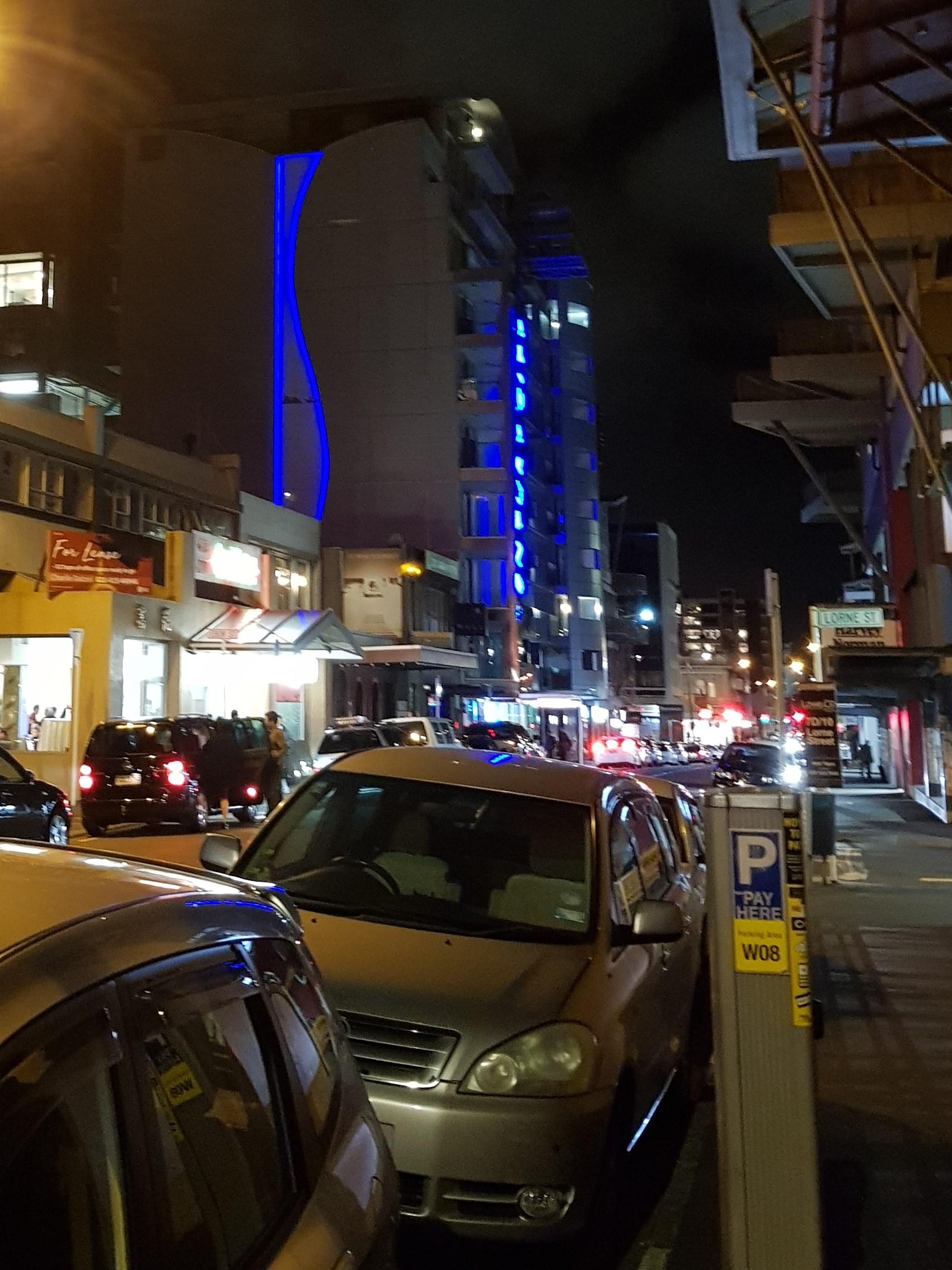 20180930_212547_2 big city lights