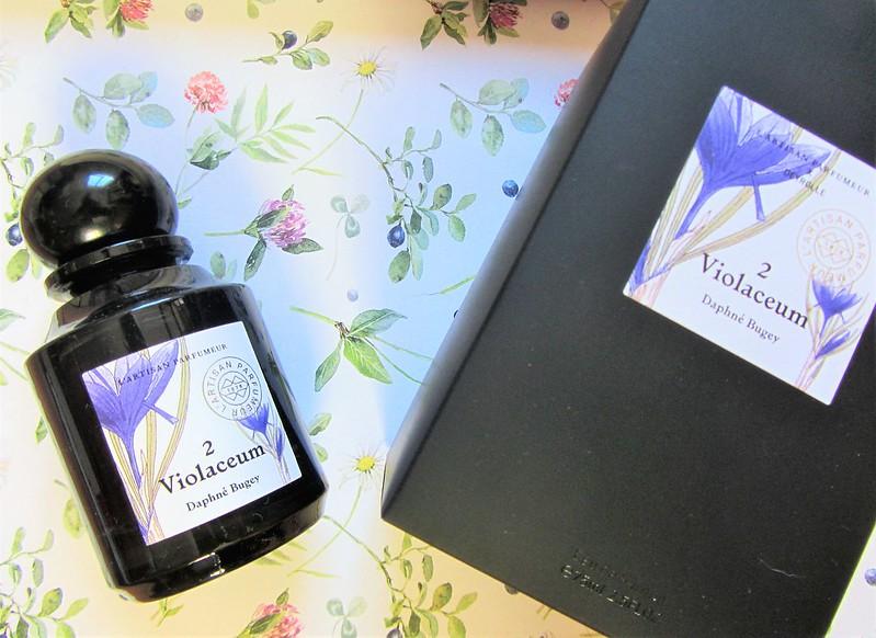 l-artisan-parfumeur-violaceum-eau-de-parfum-thecityandbeauty.wordpress.com-blog-beaute-femme-IMG_1317 (3)