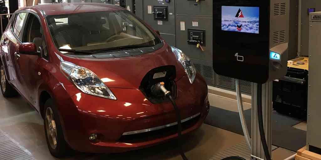 Un chargeur pour les voitures électriques plus efficace