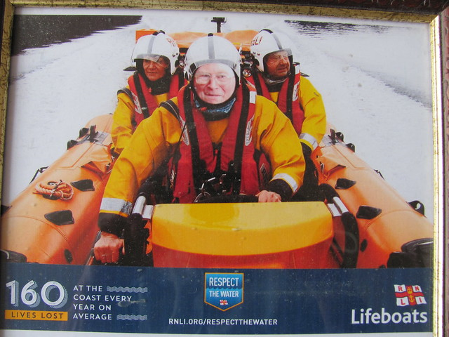 RNLI FUNDRAISERS SUPPORTERS FISH, Canon POWERSHOT SX120 IS