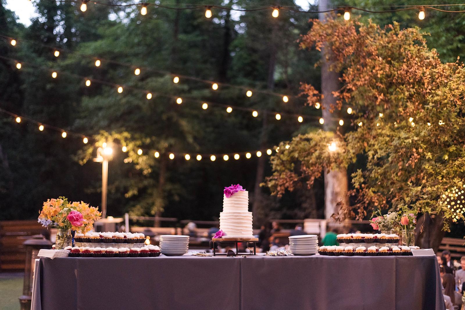 Cake Table Orchids Wedding on juliettelaura.com