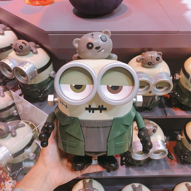 USJ minions Halloween Merchandise