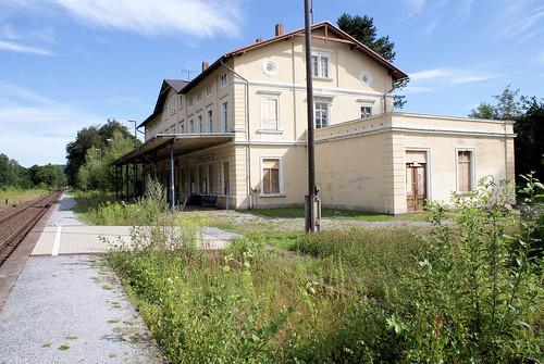 Ehemaliger Bahnhof Schirgiswalde-Kirschau Juli 2011