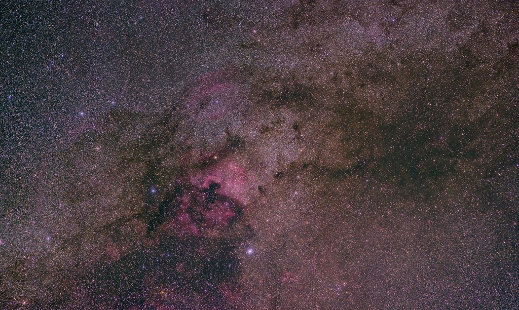 ngc7000_2500px_png_test