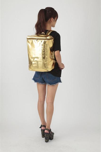 《機動戰士Z鋼彈》「百式主題背包」閃亮亮登場!機動戦士Zガンダム ボックスリュック MSN-00100 百式