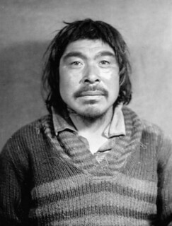 Man from Pingitkalik wearing a striped sweater, Melville Peninsula, Nunavut /  Homme de Pingitkalik vêtu d'un chandail rayé, presqu'île Melville (Nunavut)