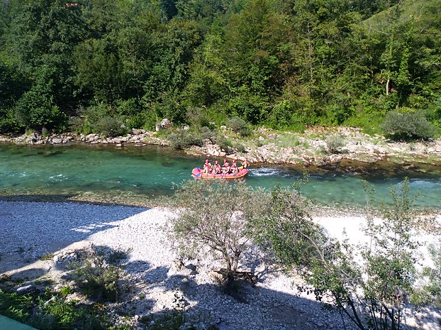 Neretva rafting down the river