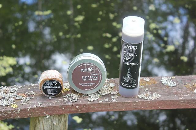 Inkuto hiustuotteet musta saippua
