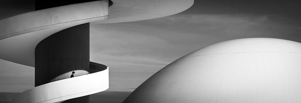 ElFoton18 puesto 2 AR68 Usuario mpereda (España) - Niemeyer - Tomada en Avilés el 06-08-14