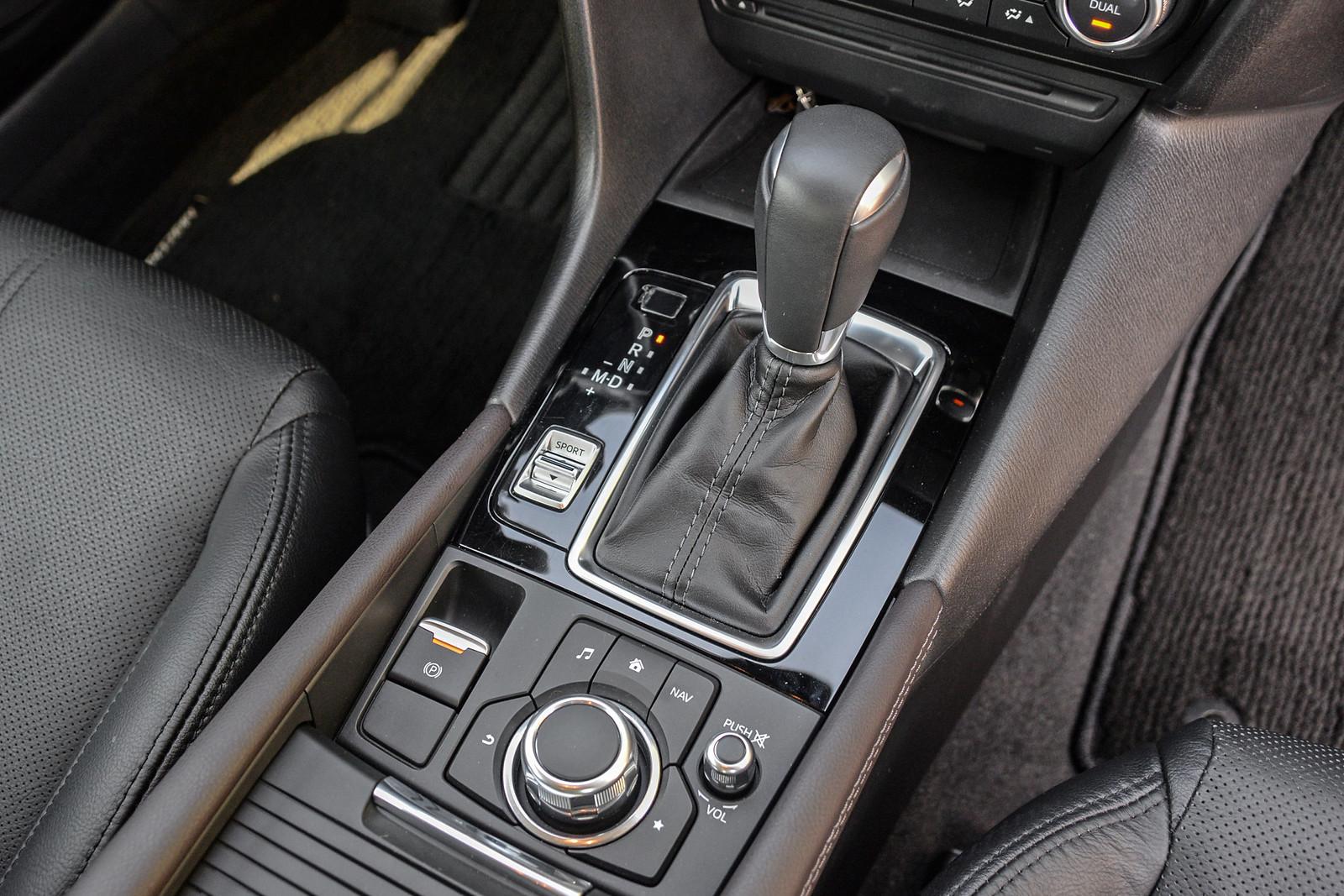 Mazda3-39