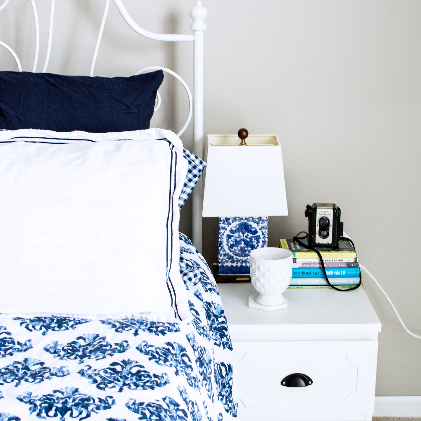 My Rental Bedroom Makeover