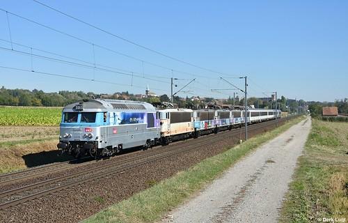 SNCF BB67416 + BB25663 + BB25603 + BB25612+ BB25605 + BB25607, Hochfelden, 27-9-2018 13:42
