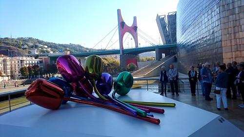 Imaxe exterior do Museo Guggenheim Bilbao