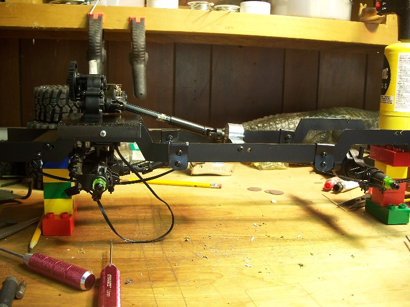 Building an RC sixth scale Jeep 45517369992_796e4c427f_b