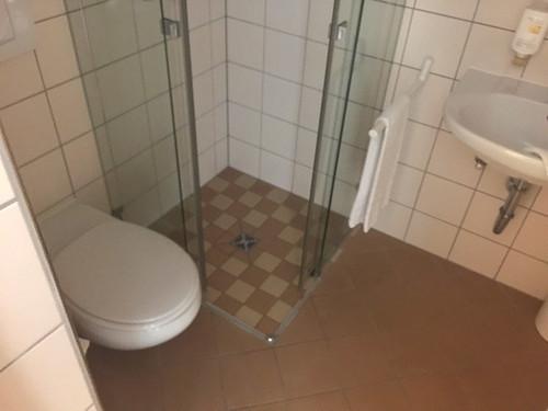 28 - KTC Könisgsstein - Zimmer - Bad