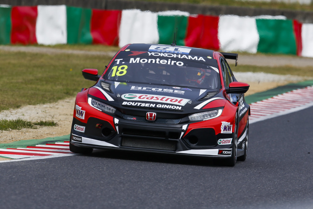 18 MONTEIRO Tiago, (prt), Honda Civic TCR team Boutsen Ginion racing, action during the 2018 FIA WTCR World Touring Car cup of Japan, at Suzuka from october 26 to 28 - Photo Clement Marin / DPPI