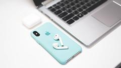 Apple Airpods + iPhone Xs Marine Blue